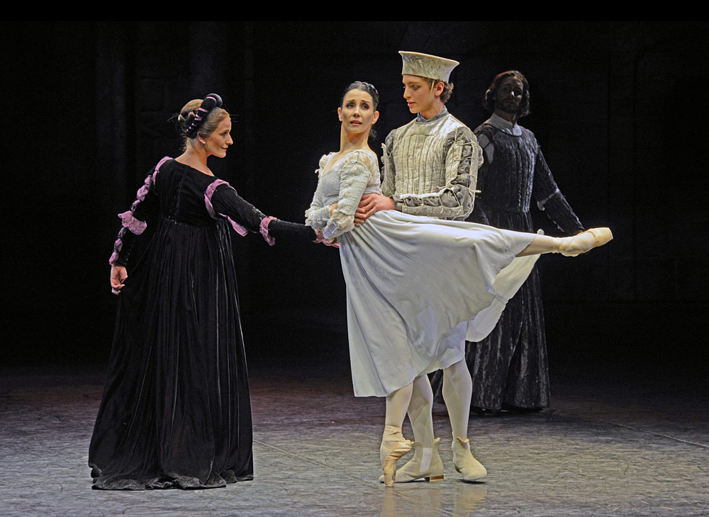 Jane Haworth, Tamara Rojo and Daniele Silingardi in <I>Romeo and Juliet</I>.<br />© Dave Morgan. (Click image for larger version)