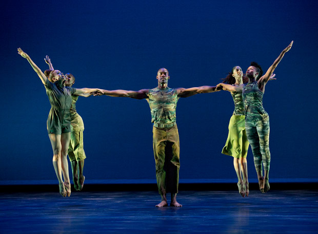 Alvin Ailey American Dance Theater in Bill T. Jones' <I>D-Man in the Waters (Part I)</I>.<br />© Paul Kolnik. (Click image for larger version)