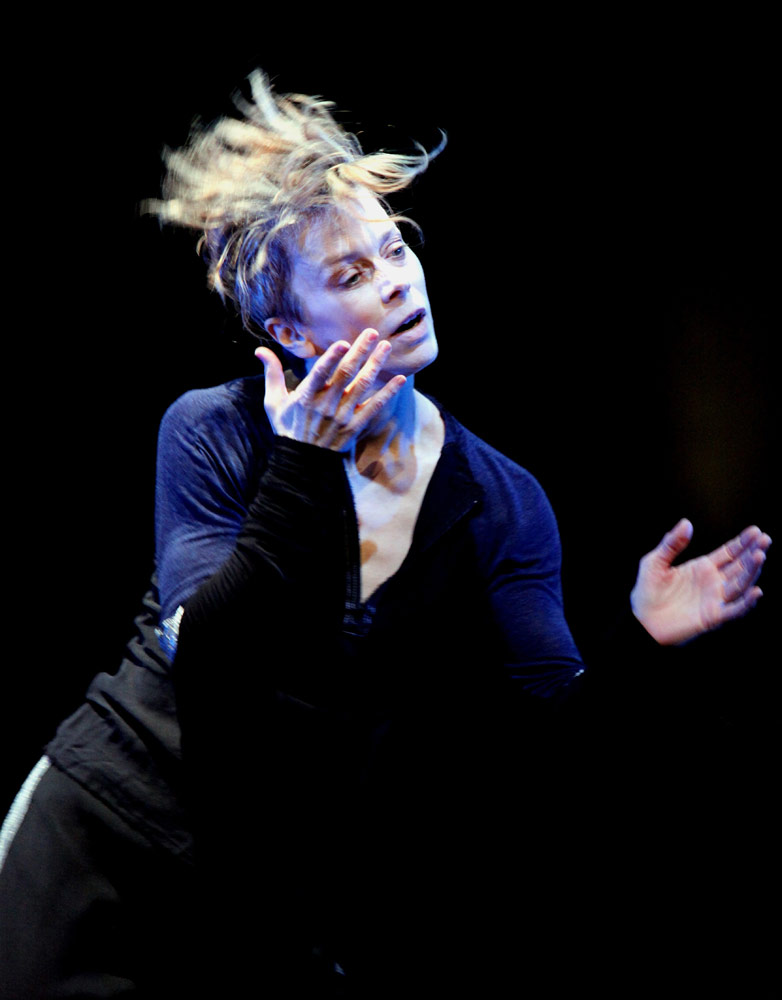 Louise Lecavalier in <I>So Blue</I>.<br />© Andre Cornellier. (Click image for larger version)