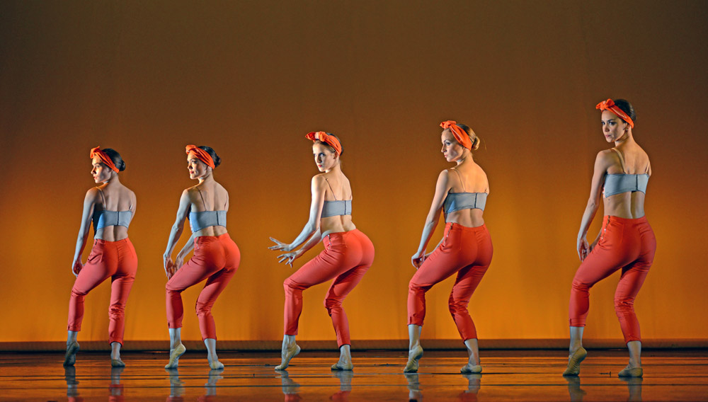 New English Ballet Theatre in in Kristen McNally's Mad Women.© Dave Morgan. (Click image for larger version)