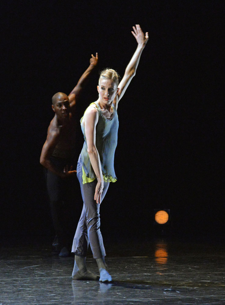 Wendy Whelan and Kyle Abraham in Abraham's <I>The Serpent and the Smoke</I>.<br />© Dave Morgan, courtesy the Royal Opera House. (Click image for larger version)