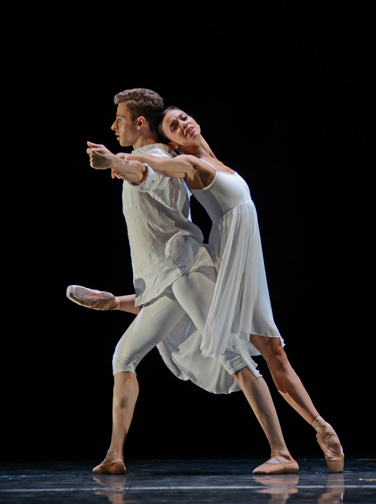 Ludovico di Ubaldo and Christina Ceccini in Erico Montes' <I>Toca</I>.<br />© Dave Morgan. (Click image for larger version)