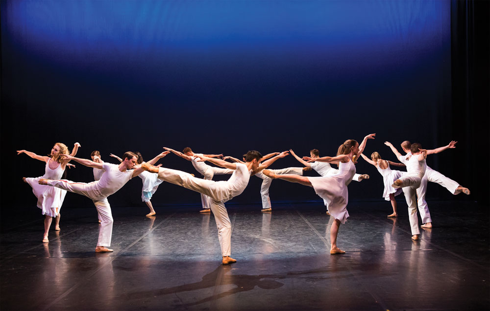 Northern Ballet dancers in Lar Lubovitch's Concerto Six Twenty-Two.© Emma Kauldhar. (Click image for larger version)