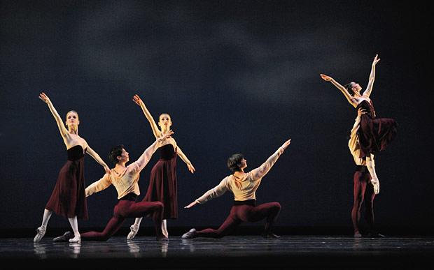 San Francisco Ballet in Mark Morris' <I>Maelstrom</I>.<br />© Erik Tomasson. (Click image for larger version)