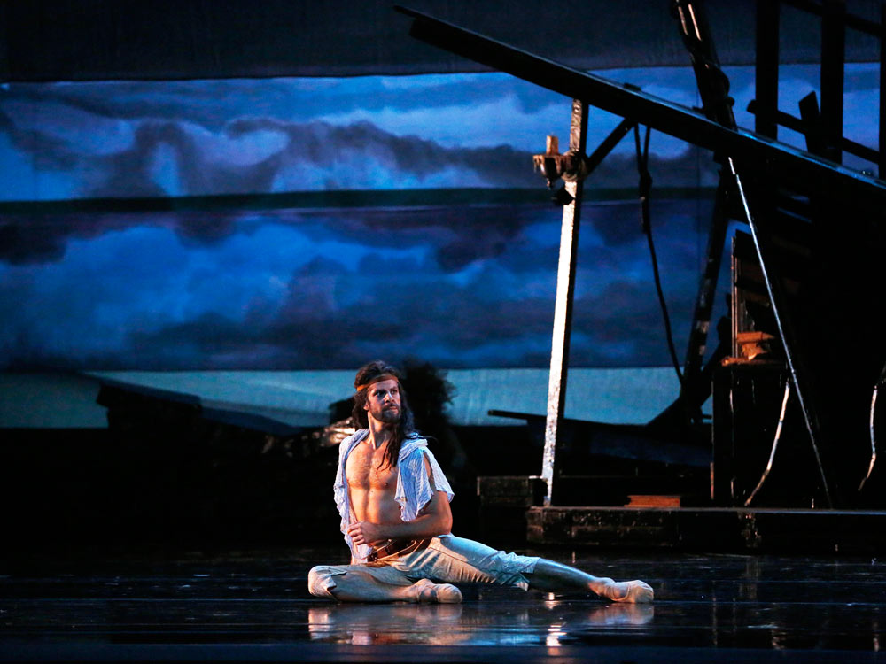 Marcelo Gomes in <I>The Tempest</I>.<br />© Marty Sohl. (Click image for larger version)