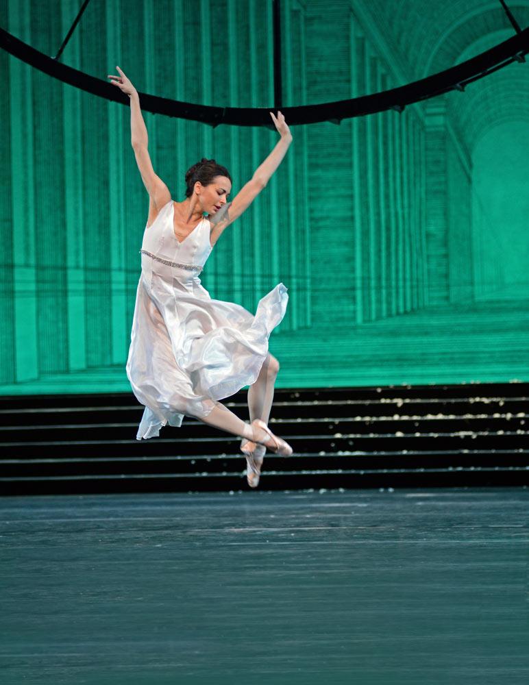 Diana Vishneva in Cinderella.© Dave Morgan. (Click image for larger version)