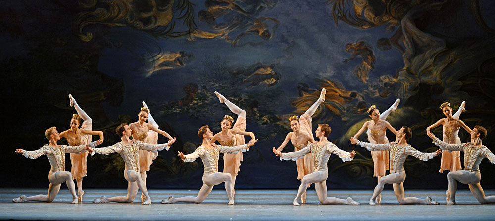 Mariinsky Ballet in <I>A Midsummer Night's Dream</I>.<br />© Dave Morgan. (Click image for larger version)