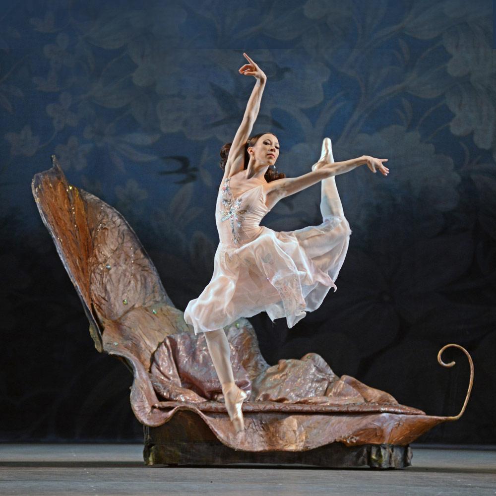 Vicktoria Tereshkina in <I>A Midsummer Night's Dream</I>.<br />© Dave Morgan. (Click image for larger version)
