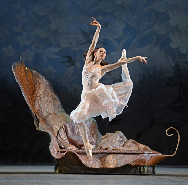 Vicktoria Tereshkina in <I>A Midsummer Night's Dream</I>.<br />© Dave Morgan. (Click image for larger version)