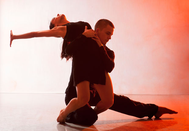 Nancy Nerantzi and Liam Riddick in Martin Lawrance's Burning.© Chris Nash. (Click image for larger version)