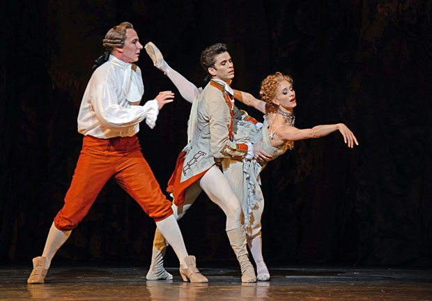 Christpher Saunders, Ricardo Cervera and Marianela Nunez in <I>Manon</I>.<br />© Dave Morgan, courtesy the Royal Opera House. (Click image for larger version)