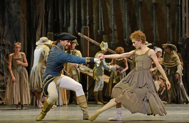 Marianela Nunez and Gary Avis (Gaoler) in <I>Manon</I>.<br />© Dave Morgan, courtesy the Royal Opera House. (Click image for larger version)