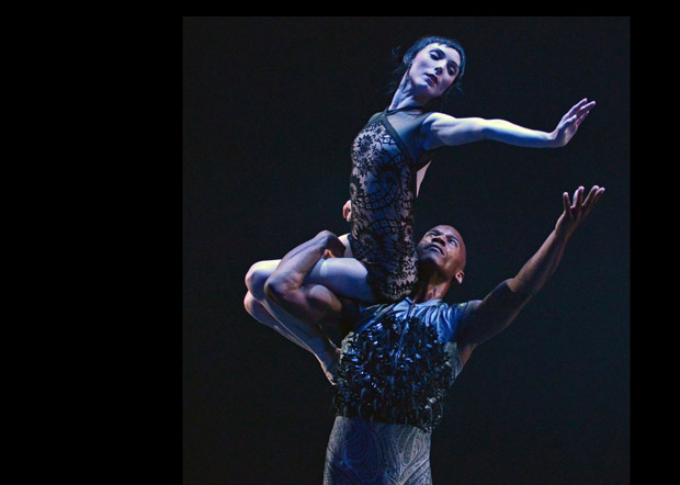Sarah Lamb and Eric Underwood in the pas de deux from Wayne McGregor's Raven Girl.© Dave Morgan, courtesy the Royal Opera House. (Click image for larger version)