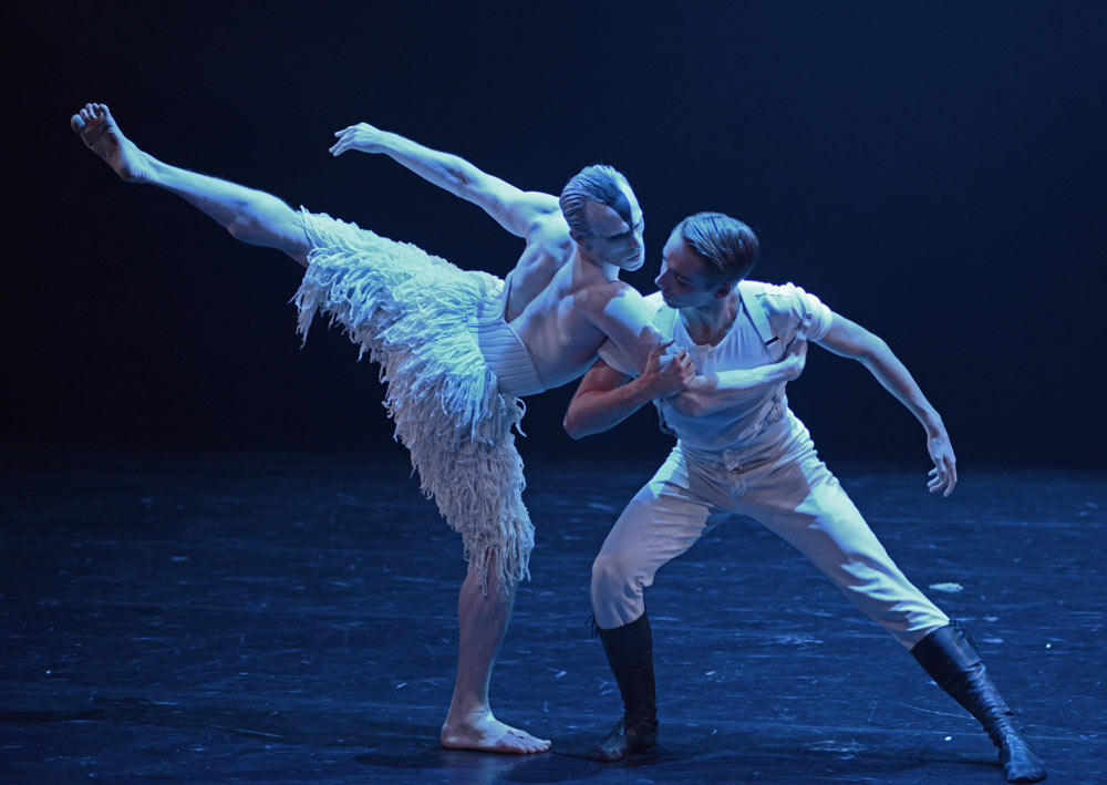 Edward Watson and Liam Mower in Matthew Bourne's <I>Swan Lake</i>.<br />© Dave Morgan, courtesy the Royal Opera House. (Click image for larger version)