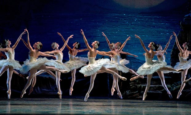American Ballet Theatre in Swan Lake.© Gene Schiavone. (Click image for larger version)
