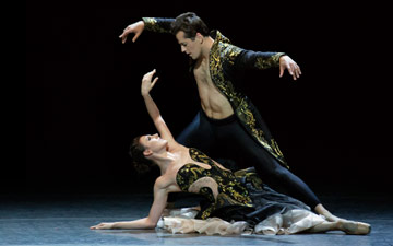 Tiler Peck and Robert Fairchild in Liam Scarlett's Funérailles.© Paul Kolnik. (Click image for larger version)