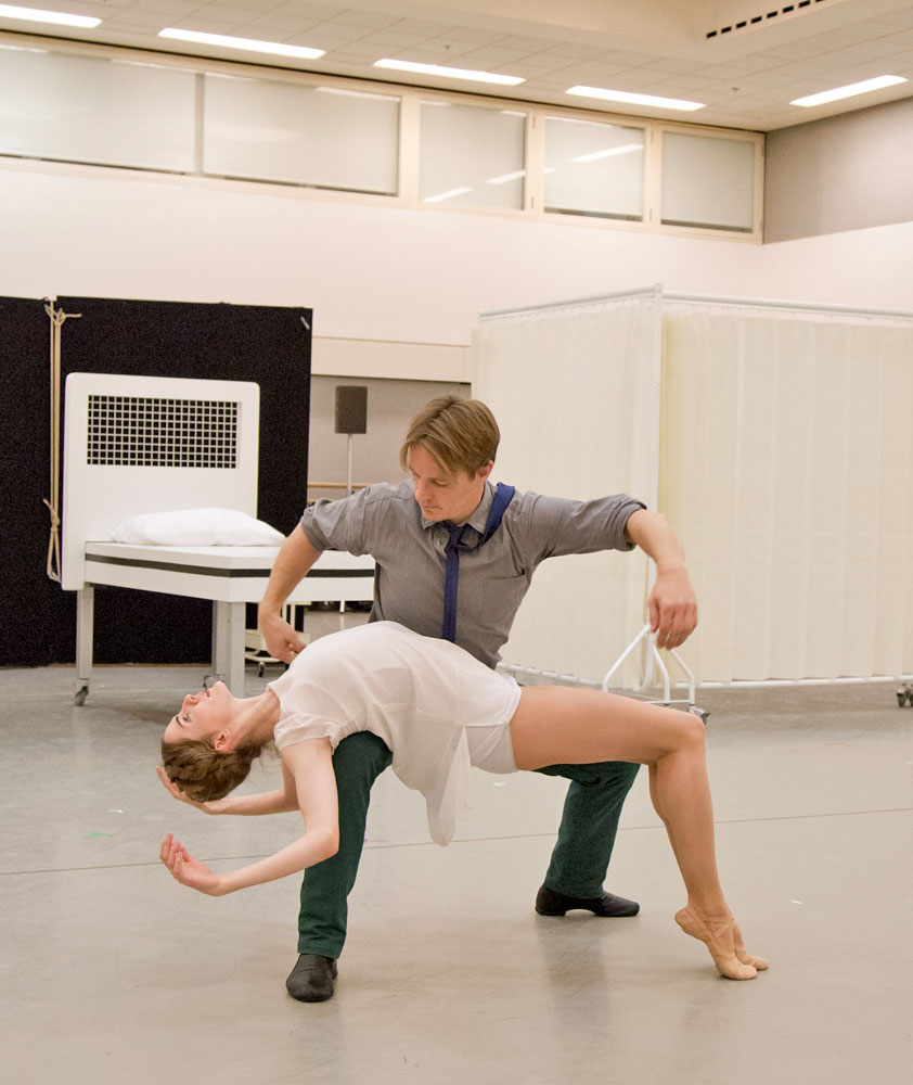 Thomas Whitehead and Olivia Cowley in the studio rehearsing Cassandra.© ROH / Andrej Uspenski, 2014. (Click image for larger version)