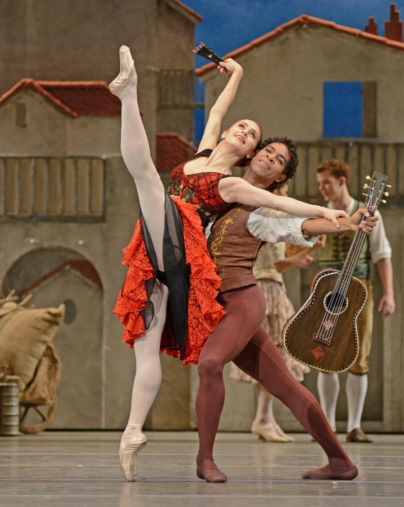 Marianela Nunez and Carlos Acosta in <I>Don Quixote</I>.<br />© Dave Morgan, courtesy the Royal Opera House. (Click image for larger version)