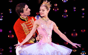 Erik Cavallari as the Prince with Sophie Martin as the Sugar Plum Fairy in Peter Darrell's The Nutcracker.© Andy Ross. (Click image for larger version)