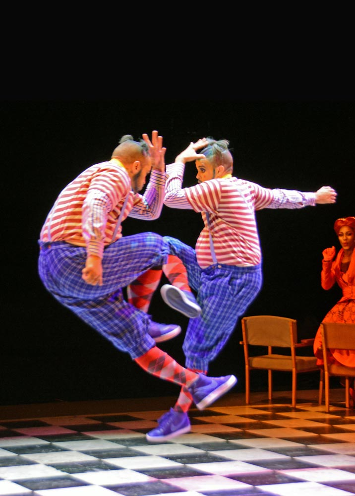 Rowen Hawkins and Ross Sands in <I>The Mad Hatter's Tea Party</I>.<br />© Dave Morgan, courtesy the Royal Opera House. (Click image for larger version)