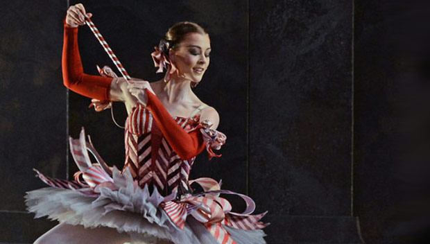 Jade Heusen - Dance of the Mirlitons in <I>The Nutcracker</I>.<br />© Dave Morgan. (Click image for larger version)