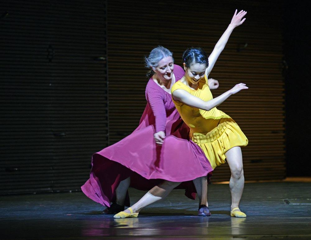 Ana Laguna and Mariko Kida (Nurse, Juliet) in Mats Ek's <I>Juliet and Romeo</I>.<br /> © Dave Morgan. (Click image for larger version)