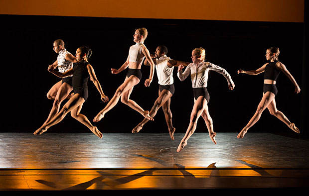 Juilliard Dance in Larry Keigwin's <i>Exit Like an Animal</i>.<br />© Rosalie O'Connor. (Click image for larger version)