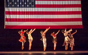 Alvin Ailey American Dance Theater in Matthew Rushing's Odetta.© Steve Wilson. (Click image for larger version)
