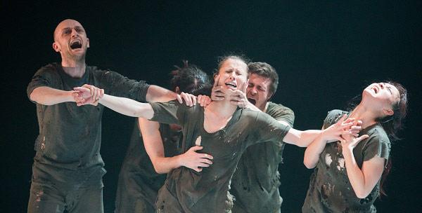 Phoenix Dance Theatre in Ivgi & Greben's <I>Document</I>.<br />© Tony Nandi. (Click image for larger version)