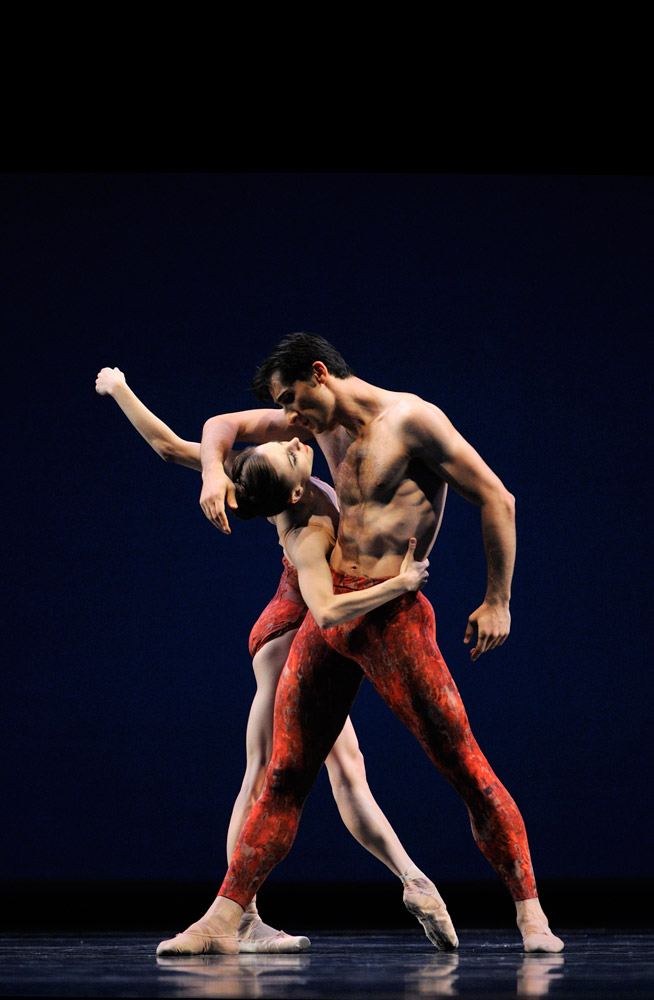 Maria Kochetkova and Davit Karapetyan in Possokhov's <I>Bells</I>.<br />© Erik Tomasson. (Click image for larger version)