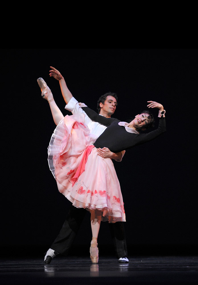 Lorena Feijoo and Vitor Luiz in Caniparoli's <I>A Cinderella Story</I>.<br />© Erik Tomasson. (Click image for larger version)