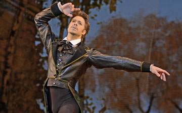 Matthew Golding in Onegin.© Dave Morgan, courtesy the Royal Opera House. (Click image for larger version)