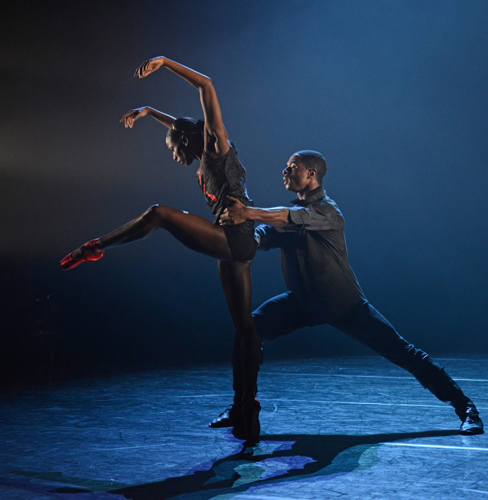 Cira Robinson and Jose Alves in Mark Bruce's <I>Second Coming</I>.<br />© Dave Morgan. (Click image for larger version)