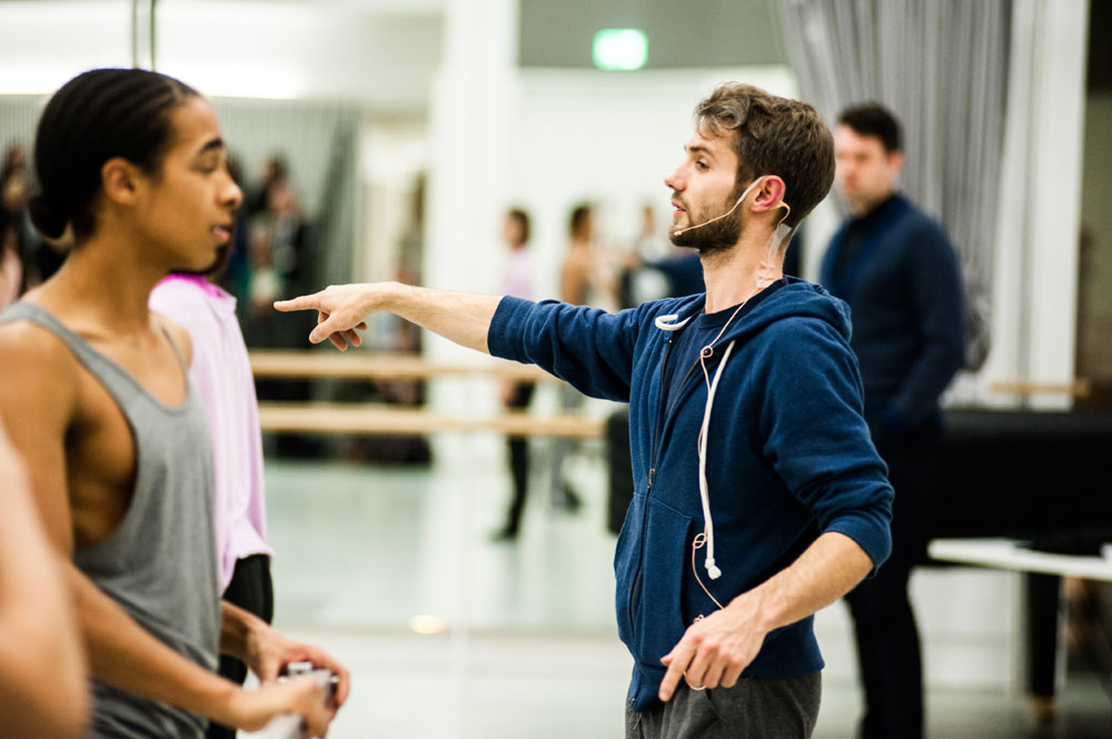 Alexander Whitley's Frames being created and rehearsed in Rambert's studios.© Alex Harvey-Brown. (Click image for larger version)