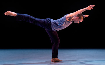 Liam Riddick (Richard Alston Dance Company) in Robert Cohan's Sigh.© Camilla Greenwell. (Click image for larger version)