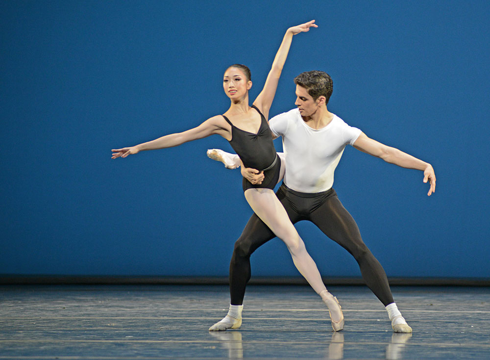 Akane Takada and Federico Bonelli in The Four Temperaments.© Dave Morgan, courtesy the Royal Opera House. (Click image for larger version)
