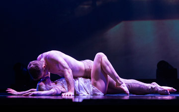 Preston Swovelin and Adrienne Canterna as Juliet in Romeo and Juliet.© Foteini Christofilopoulou. (Click image for larger version)
