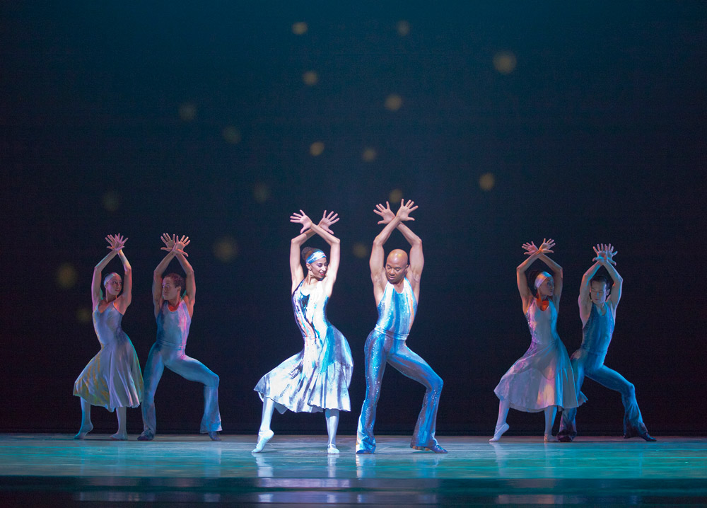 Alvin Ailey American Dance Theater in Night Creature.© Gert Krautbauer. (Click image for larger version)