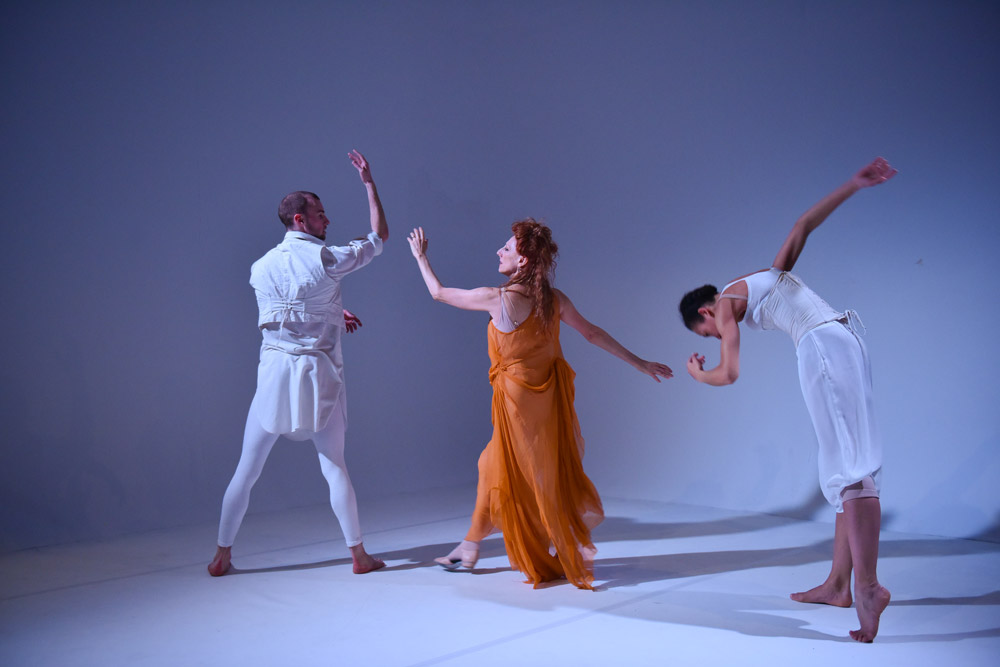 David Ledger, Naomi Sorkin and Cree Barnett Williams in Hubert Essakow's <I>Adieu</I>.<br />© Hugo Glendinning. (Click image for larger version)