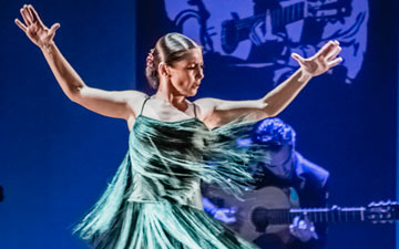 Ballet Flamenco Sara Baras in Voces, Suite Flamenca.© Jullete Valtinedas. (Click image for larger version)