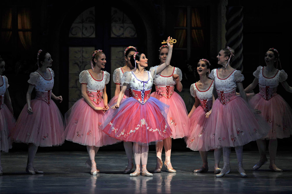 Vanessa Zahorian in Balanchine's Coppélia.© Erik Tomasson. (Click image for larger version)