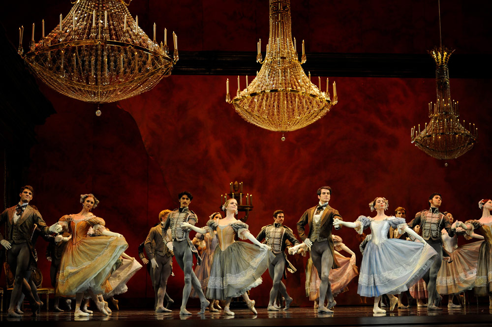 San Francisco Ballet in Cranko's Onegin.© Erik Tomasson. (Click image for larger version)