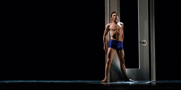 Taras Domitro in Possokhov's <I>Swimmer</I>.<br />© Erik Tomasson. (Click image for larger version)