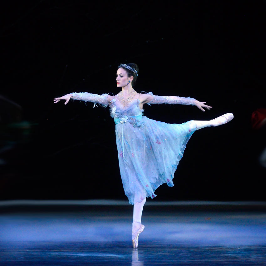 Melanie Hamrick as the Winter Fairy in <I>Cinderella</I>.<br />© Gene Schiavone. (Click image for larger version)