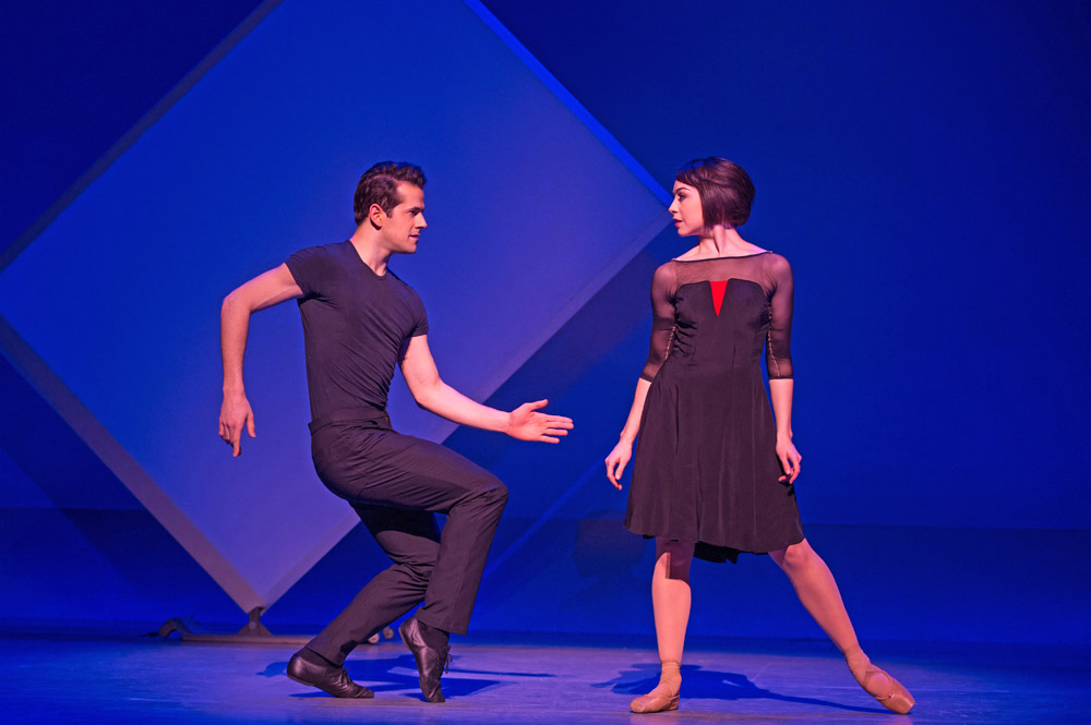 Leanne Cope and Robert Fairchild in An American in Paris.© Matthew Murphy. (Click image for larger version)