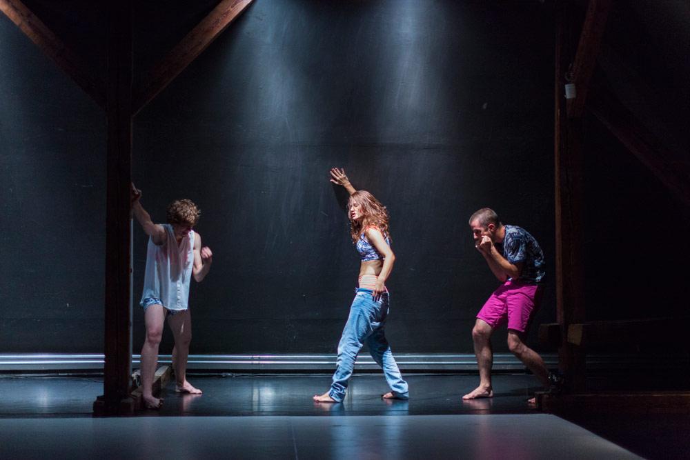 BOD.Y in BAKKHEIA - dancing on the edge.© Peter Snadik. (Click image for larger version)