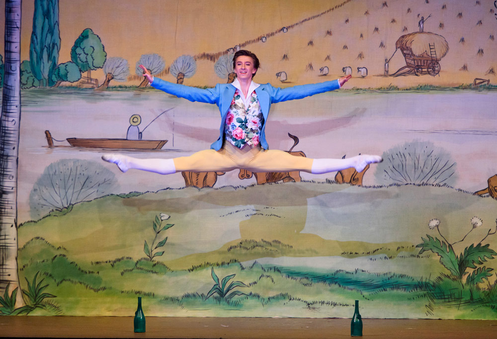 Vadim Muntagirov in La Fille mal gardée.© ROH, Tristram Kenton (Click image for larger version)