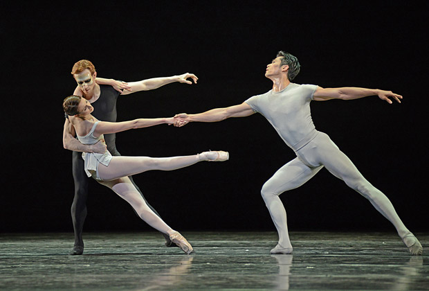 Lauren Cuthbertson, Edward Watson and Ryoichi Hirano in Kenneth MacMillan's <I>Song of the Earth</I>.<br />© Dave Morgan, courtesy the Royal Opera House. (Click image for larger version)