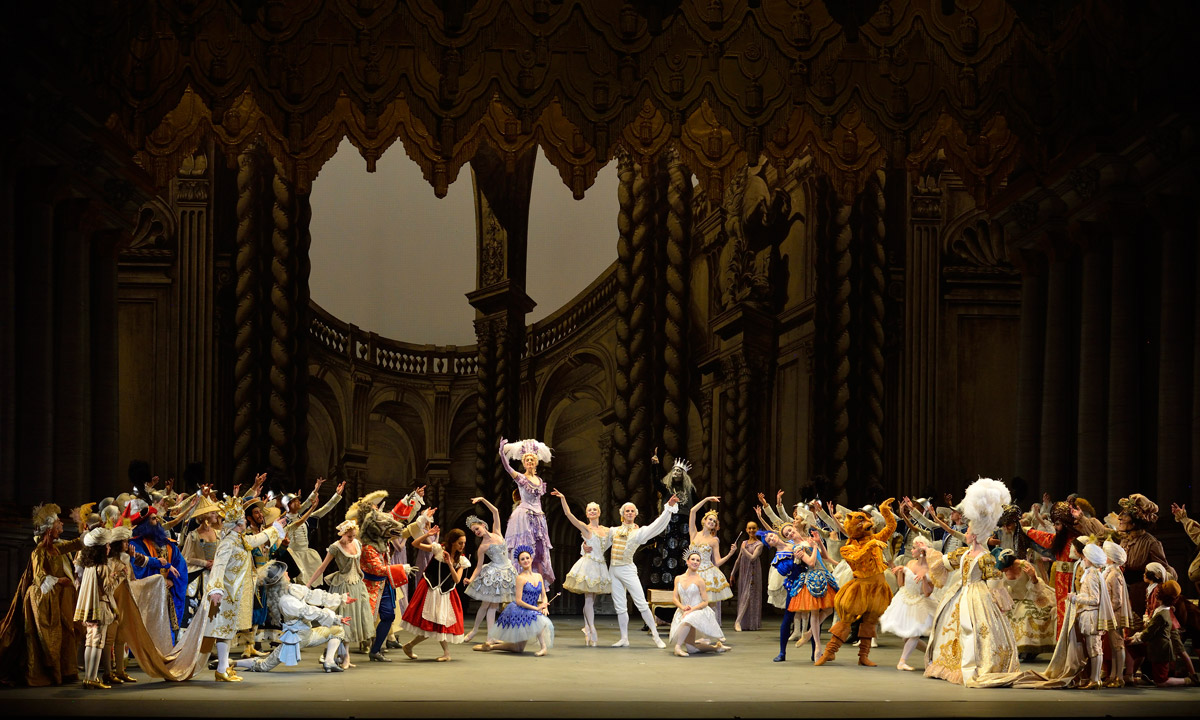 Marcelo Gomes in Alexei Ratmansky's <I>The Sleeping Beauty</I>.<br />© Gene Schiavone. (Click image for larger version)