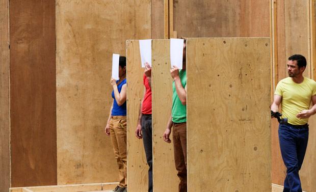 Cie. Willi Dorner - the building part of <I>fitting</I>.<br />© John Mallinson. (Click image for larger version)